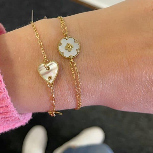 Made by Mila   Armband goud wit hartje parelmoer- ZAG Bijoux 2