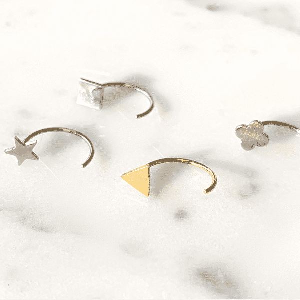 Made by Mila | Oorbellen earhugger vierkant zilver - ZAG Bijoux 3