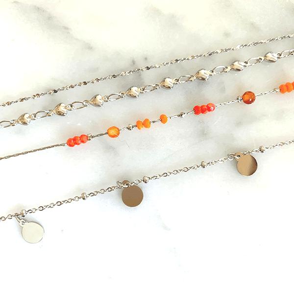 Made by Mila | Enkelbandje zilver met coral beads - Go Dutch Label 3
