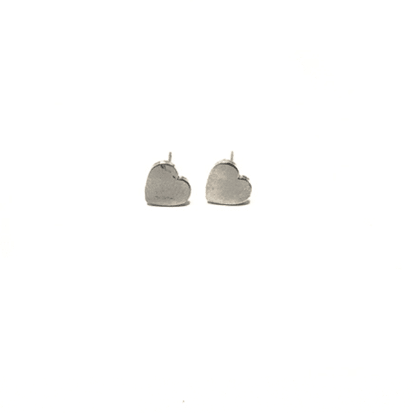 Made by Mila | Oorbellen hartje groot zilver - Mila 3