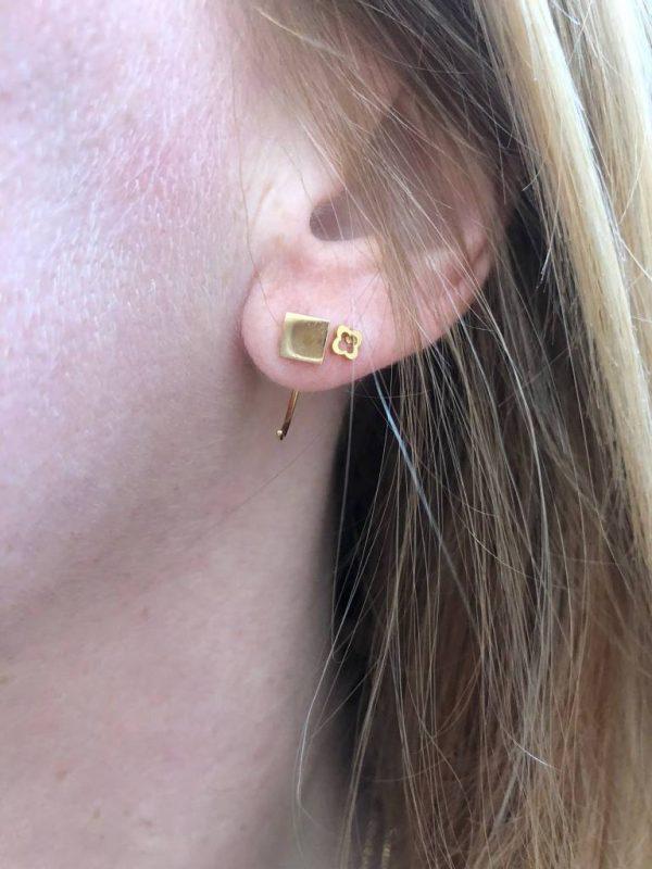 Made by Mila | Oorbellen earhugger vierkant zilver - ZAG Bijoux 2