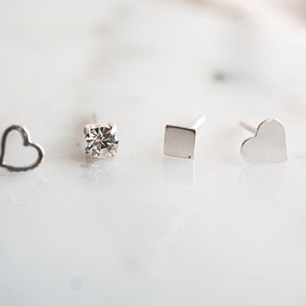 Made by Mila | Oorbellen vierkantje zilver 3