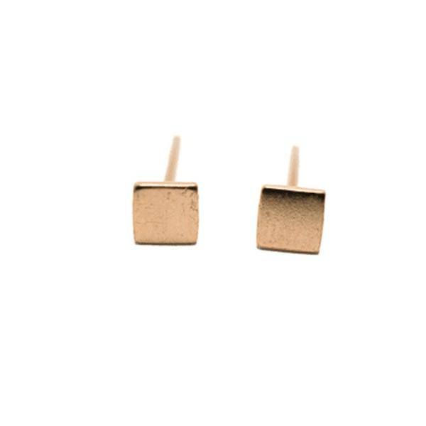 Made by Mila | Oorbellen vierkantje goud - Mila 1