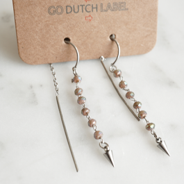 Oorbellen beads paars/zilver – Go Dutch Label