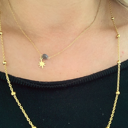 Ketting goud met doorzichtige zwarte steen en gouden ster- Go Dutch Label