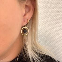 Oorbellen hanger klaver zwart goud – Go Dutch Label