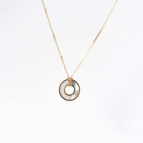 zag-bijoux-ketting-goud-parelmoer
