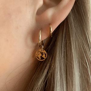 Gouden oorbellen wereld Go Dutch Label
