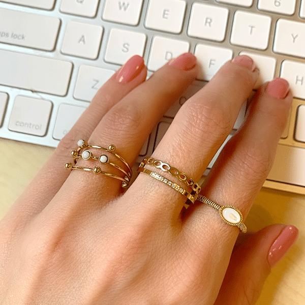 draagfoto gouden ringen zag bijoux