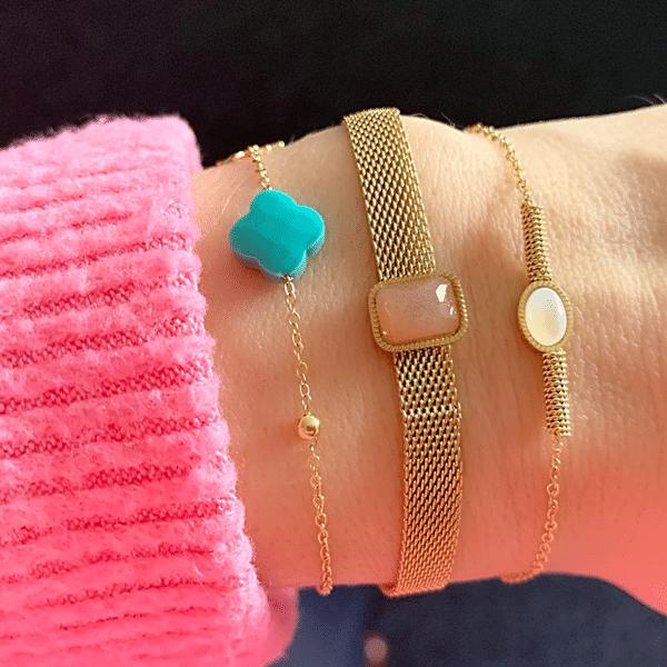 gouden armbanden met steentjes
