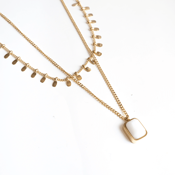 Made by Mila | Dubbele ketting drops goud met parelmoer hanger - ZAG Bijoux ketting 1