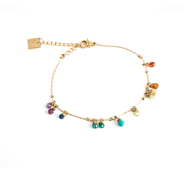 Made by Mila | Armband goud met gekleurde steentjes - ZAG Bijoux 1