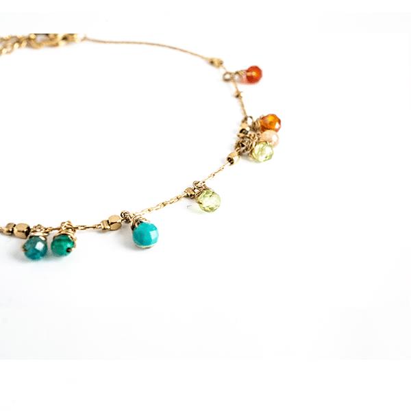 Made by Mila | Armband goud met gekleurde steentjes - ZAG Bijoux 3