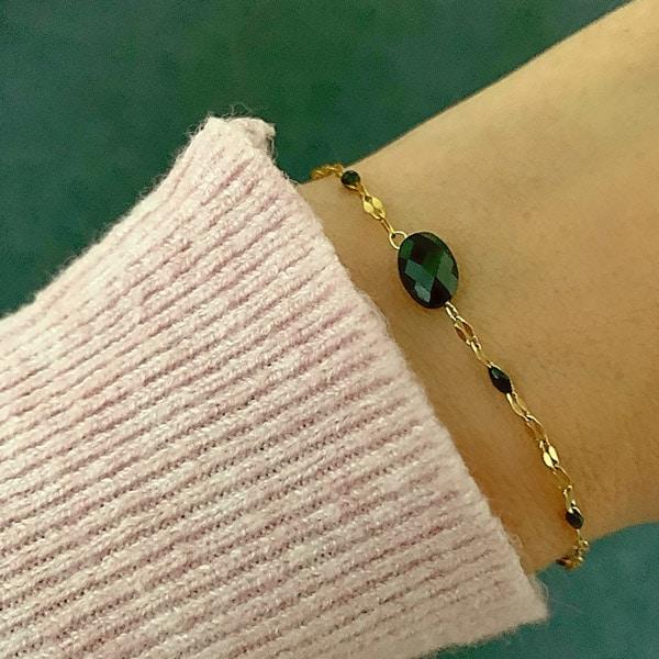 Made by Mila | Armband met zwarte steen en goud- Go Dutch Label 2