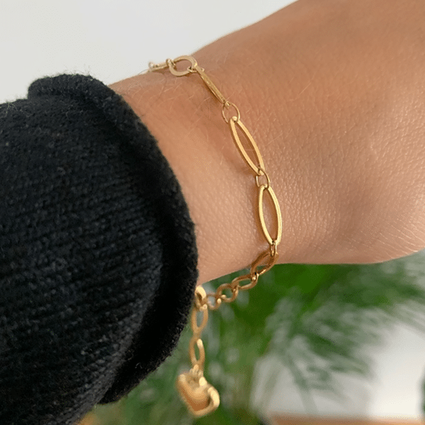 Made by Mila | Armband medium schakel goud hartje- Go Dutch Label 3