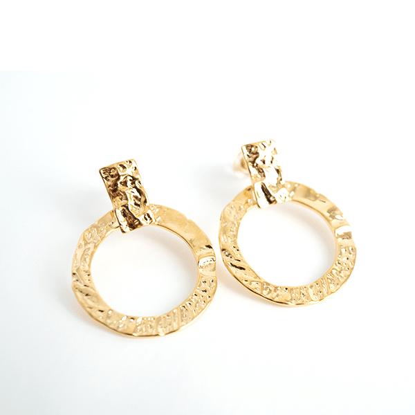 Made by Mila   Oorbellen goud gehamerd- ZAG Bijoux 1