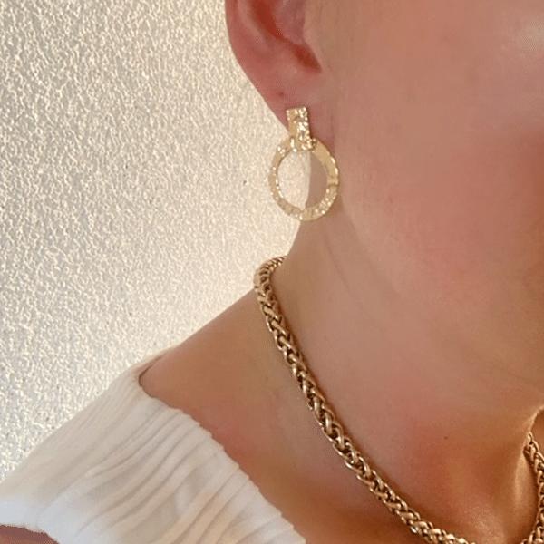 Made by Mila   Oorbellen goud gehamerd- ZAG Bijoux 2
