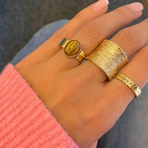 Made by Mila | Open gehamerde gouden ring- ZAG Bijoux 3