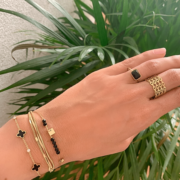 Made by Mila | Verstelbare ring goud met onyx steen- ZAG Bijoux 2