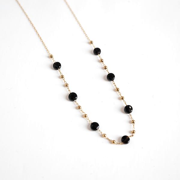 Made by Mila   Ketting zwart en goud - ZAG Bijoux 1