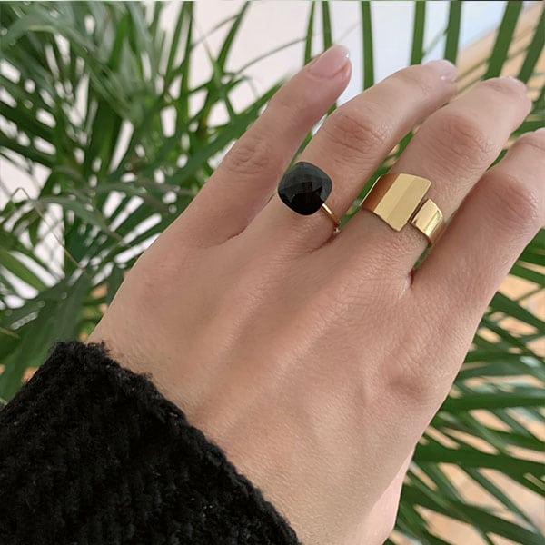Made by Mila | Verstelbare ring zwarte steen- ZAG Bijoux 2