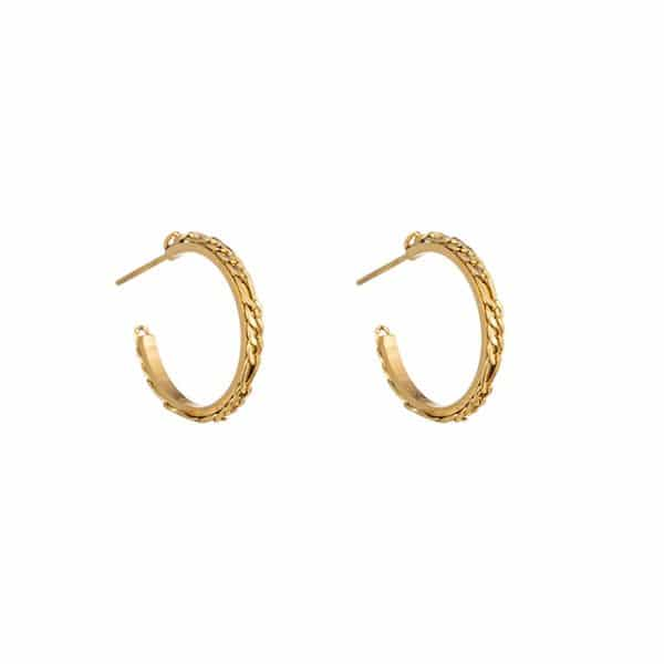 Made by Mila | Oorbellen hoops chains goud- Go Dutch Label 1