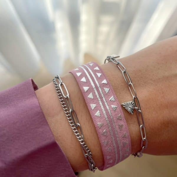 Made by Mila | Armband schakel triangle zilver pink- Go Dutch label 2