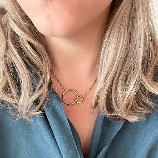 Made by Mila | Ketting infinity circles goud - Go Dutch Label 2
