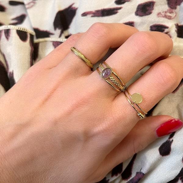 Made by Mila   Verstelbare ring goud met paarse steen- ZAG Bijoux 2