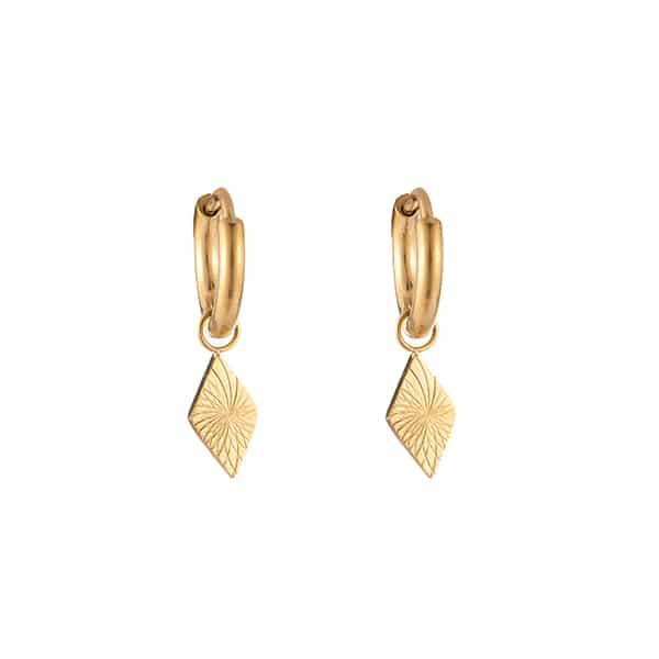 Made by Mila | Oorbellen hoops driehoek goud - Go Dutch Label 1