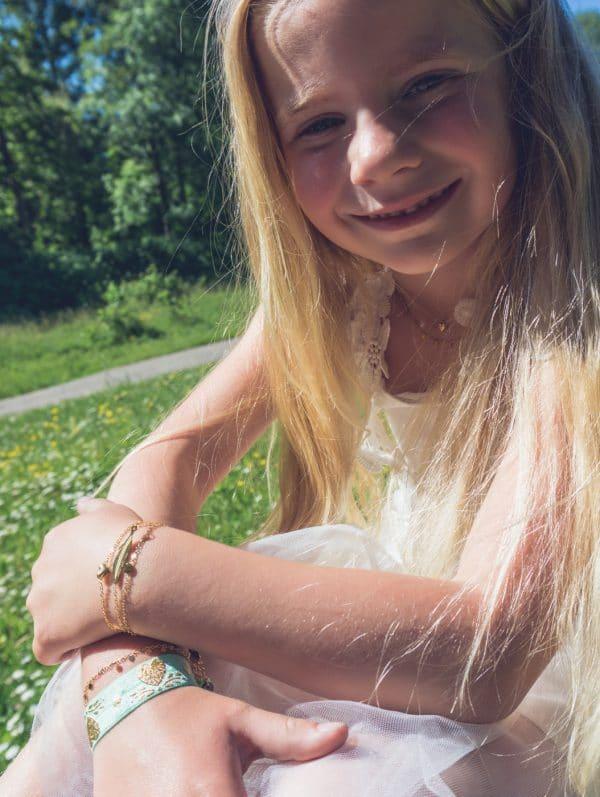Made by Mila | Kids armband hartje (3D) goud - Go Dutch Label 1