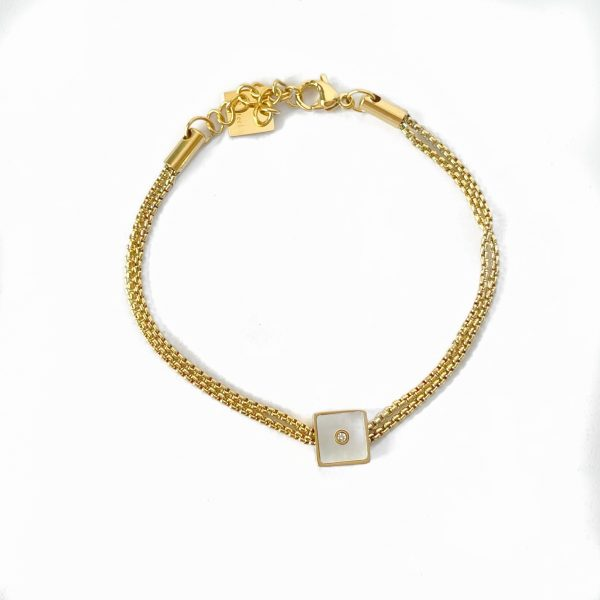 Made by Mila | Armband goud vierkant parelmoer- ZAG Bijoux 1