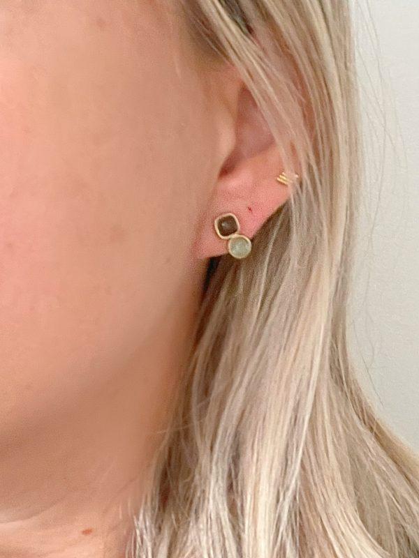 Made by Mila | Oorbellen goud met grijs bruine steentjes- ZAG Bijoux 2